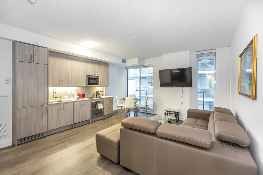 Wondrous 297 College Street 1 Bedroom Apartment Toronto Furnished Home Interior And Landscaping Palasignezvosmurscom